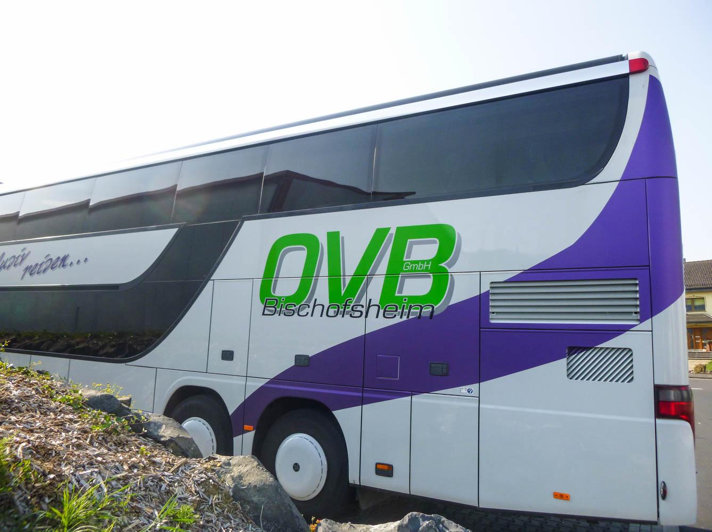 Logo-Beschriftung auf Bus für OVB GmbH Bischofsheim