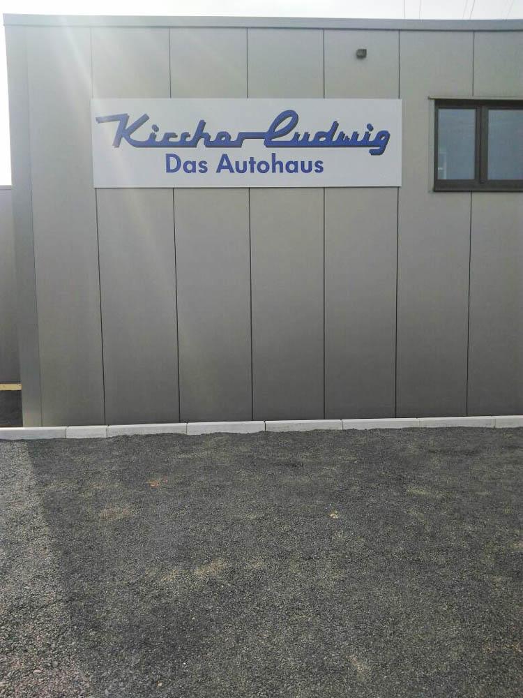Wandschild von Autohaus Kircher Ludwig