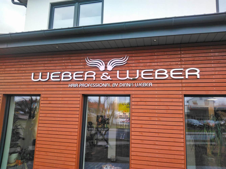 Außenschild mit Logo des Weber & Weber Friseursalon
